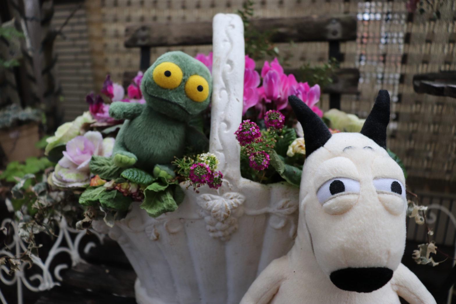 バムとケロの花畑